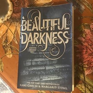 Beautiful darkness beautiful creatures novel book